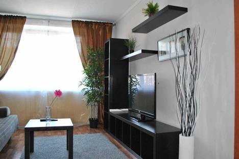 Сдается 3-комнатная квартира посуточно в Мурманске, К.Маркса 7а.