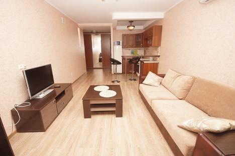 Сдается 1-комнатная квартира посуточно в Омске, Масленникова 72.