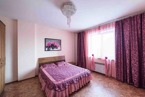 Сдается 2-комнатная квартира посуточнов Воронеже, ул. Революции 1905 года, 31а.