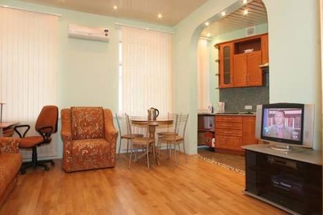 Сдается 1-комнатная квартира посуточнов Перми, Комсомольский проспект, д. 35.