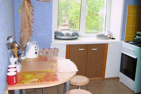 Сдается 1-комнатная квартира посуточно в Ижевске, Кирова 111.