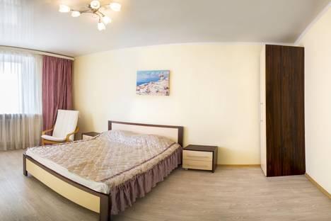 Сдается 1-комнатная квартира посуточно в Красноярске, Ленина, 104-2.