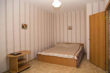 Сдается 1-комнатная квартира посуточно, ул. Молокова 12.