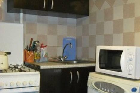 Сдается 2-комнатная квартира посуточно в Нижнем Новгороде, Максима Горького, 158.