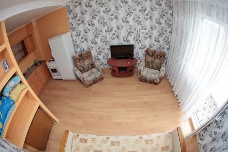 Сдается 1-комнатная квартира посуточнов Сургуте, Каролинского, 16.