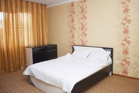 Сдается 1-комнатная квартира посуточно в Алматы, Торайгырова, 19А.