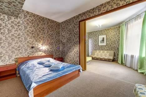 Сдается 2-комнатная квартира посуточнов Санкт-Петербурге, Невский, 112.