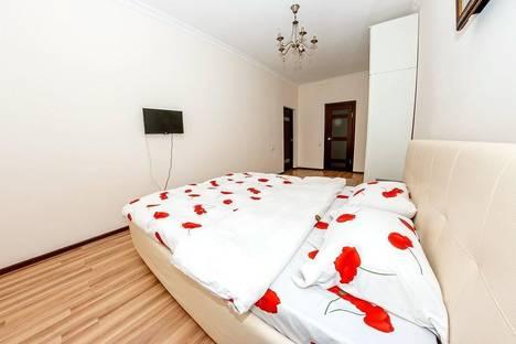 Сдается 3-комнатная квартира посуточно в Астане, ул. Кунаева, 14.
