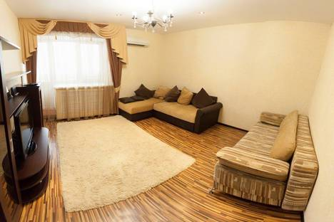 Сдается 2-комнатная квартира посуточнов Тюмени, ул. Широтная, 128.