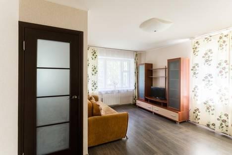 Сдается 1-комнатная квартира посуточнов Вологде, переулок Огородный, 12.