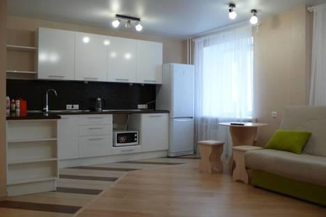 Сдается 1-комнатная квартира посуточно в Томске, ул. Учебная, 7/1(2).