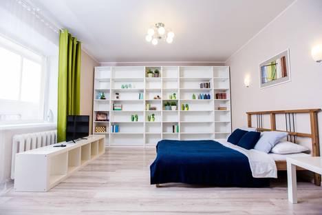 Сдается 1-комнатная квартира посуточно в Уфе, Менделеева, 128/1.