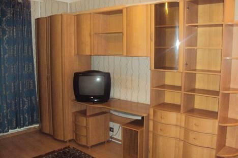 Сдается 1-комнатная квартира посуточно в Курске, проспект Кулакова, 43.