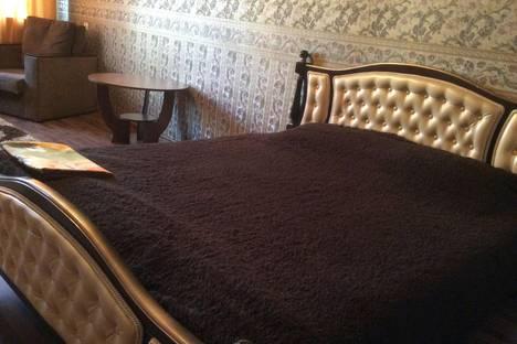 Сдается 1-комнатная квартира посуточно в Курске, Студенческая Д 14.