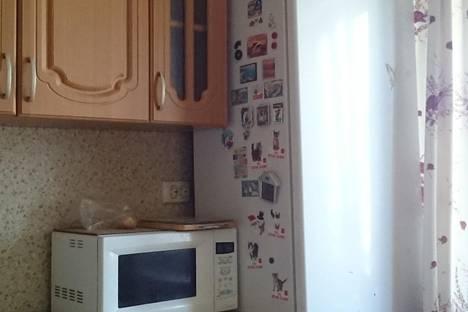 Сдается 2-комнатная квартира посуточно в Новокуйбышевске, Свердлова 20.