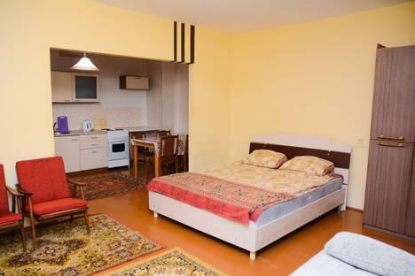 Сдается 1-комнатная квартира посуточно в Сыктывкаре, ул. Первомайская, 40.