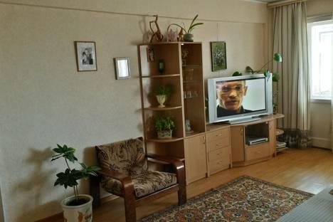 Сдается 3-комнатная квартира посуточно в Петрозаводске, Октябрьский проспект, 14Б.