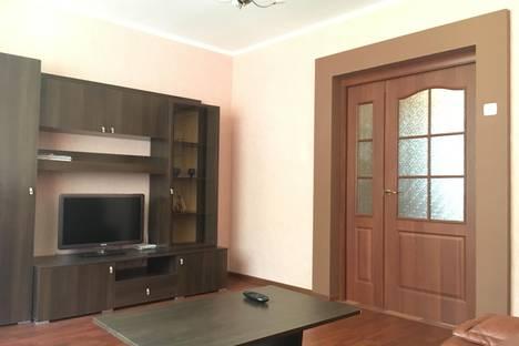 Сдается 3-комнатная квартира посуточнов Перми, Малкова, 21.