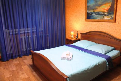 Сдается 1-комнатная квартира посуточно в Сургуте, проспект Ленина, 38.