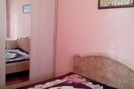 Сдается 2-комнатная квартира посуточно в Норильске, площадь Металлургов, 8.