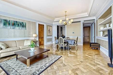 Сдается 2-комнатная квартира посуточнов Красногорске, Пресненская набережная, д. 12.
