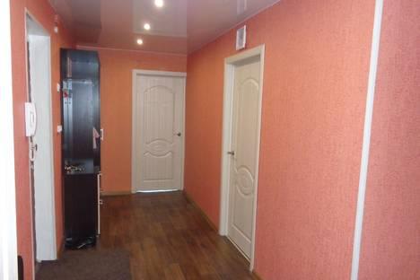 Сдается 3-комнатная квартира посуточно, Свободы 116.