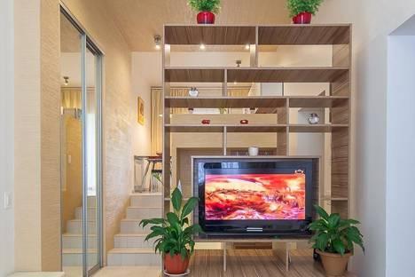 Сдается 2-комнатная квартира посуточно в Ярославле, ул. Максимова, 5.