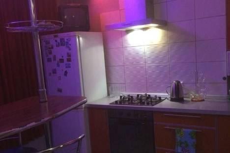 Сдается 1-комнатная квартира посуточно, Рабкоров, 11.