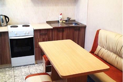 Сдается 2-комнатная квартира посуточнов Южно-Сахалинске, Физкультурная 128.
