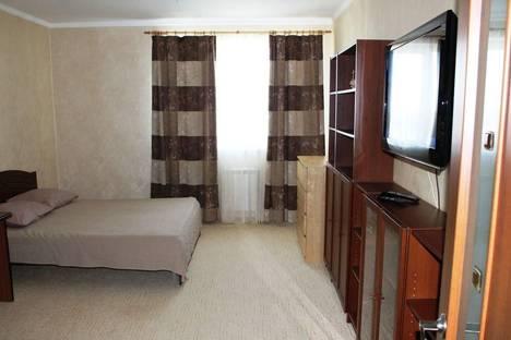Сдается 2-комнатная квартира посуточно в Ханты-Мансийске, Студенческая, 20.