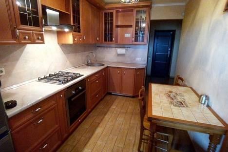 Сдается 1-комнатная квартира посуточно в Новокуйбышевске, ул. Островского, 38.