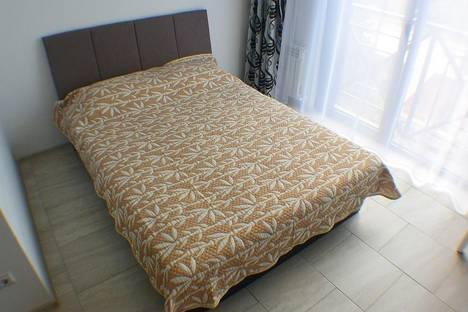 Сдается 1-комнатная квартира посуточнов Адлере, Кирова 28а.