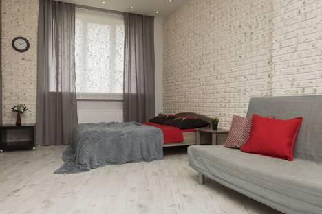 Сдается 1-комнатная квартира посуточно, ул. Краснозвездная, 31.