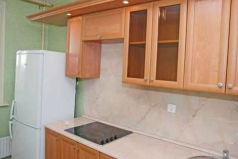 Сдается 2-комнатная квартира посуточно в Надыме, ул.Полярная 12.