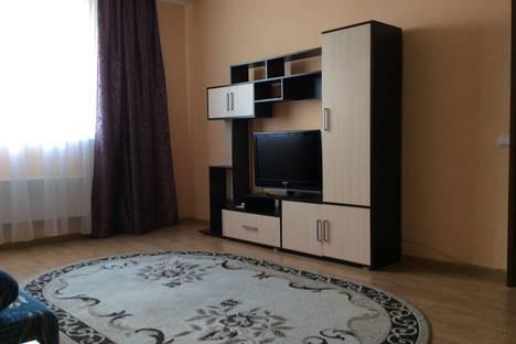 Сдается 1-комнатная квартира посуточнов Каменск-Уральском, ул. Каменская, 103.