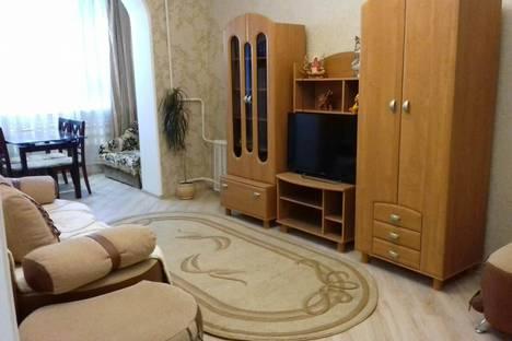 Сдается 2-комнатная квартира посуточно в Алуште, Солнечная,13.