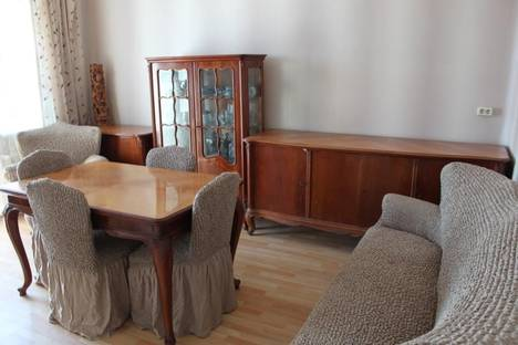 Сдается 3-комнатная квартира посуточно во Владивостоке, Светланская 88.