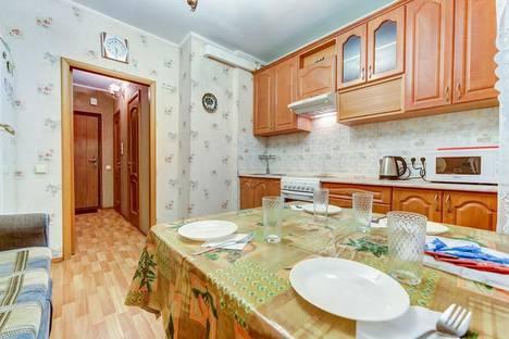 Сдается 1-комнатная квартира посуточно, ул. Ильюшина, 1 к1.