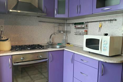 Сдается 2-комнатная квартира посуточнов Копейске, проспект Свердловский, 24Б.