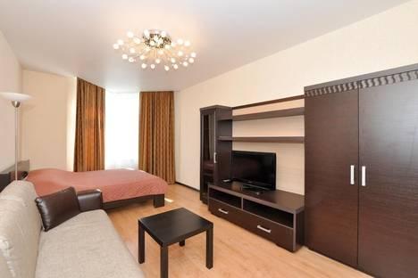Сдается 1-комнатная квартира посуточно в Екатеринбурге, улица Бажова, 68.