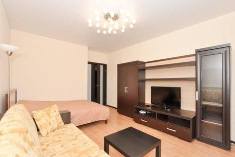 Сдается 1-комнатная квартира посуточнов Екатеринбурге, ул. Шевченко, 20.