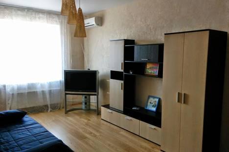 Сдается 1-комнатная квартира посуточнов Воронеже, Ленинский проспект, 124 а.