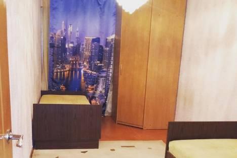 Сдается 2-комнатная квартира посуточно в Актау, 7-й микрорайон, 22.