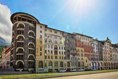 Сдается 2-комнатная квартира посуточнов Красной Поляне, Набережная Времена Года, 3.
