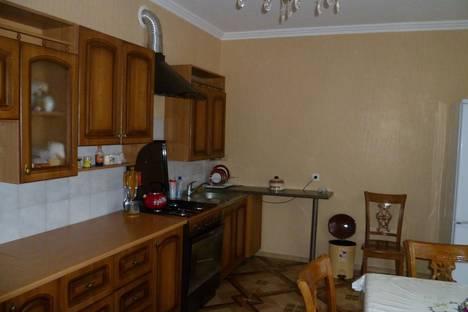 Сдается 2-комнатная квартира посуточно в Ессентуках, ул. Семашко, 9а.