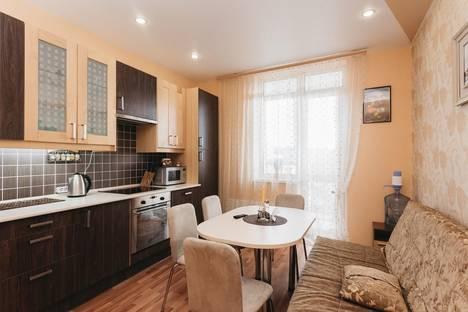 Сдается 2-комнатная квартира посуточнов Екатеринбурге, Малышева, 4Б.