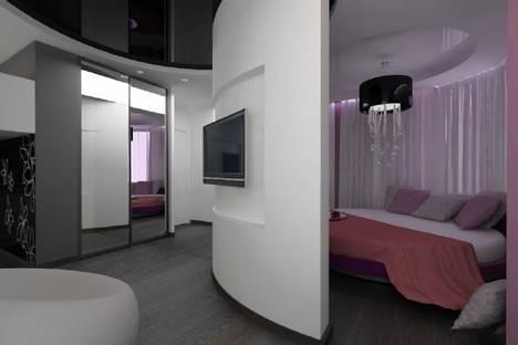 Сдается 1-комнатная квартира посуточнов Екатеринбурге, Мамина Сибиряка 59.