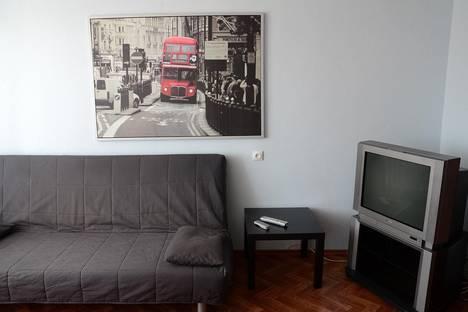 Сдается 2-комнатная квартира посуточно, Воровского 102.