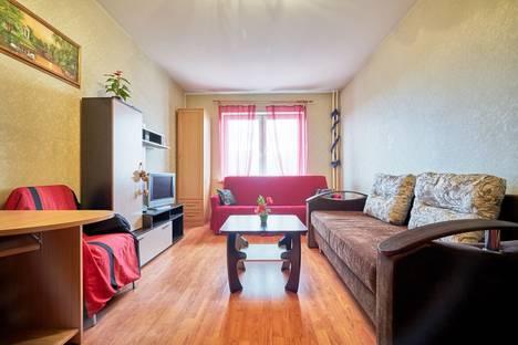 Сдается 3-комнатная квартира посуточнов Санкт-Петербурге, Гражданский проспект, 36 ВЕЧЕРИНКИ.