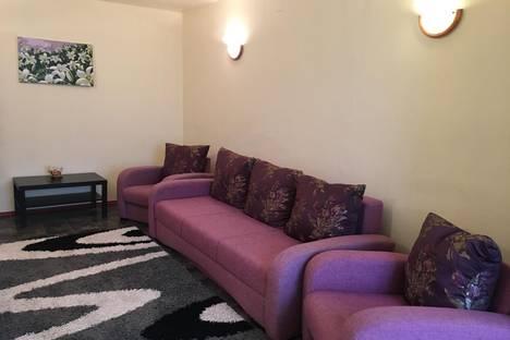 Сдается 2-комнатная квартира посуточнов Актау, 14мкр 34а дом.